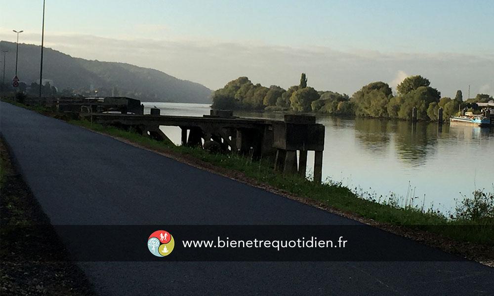 bord de seine piste cyclable rouen tourisme